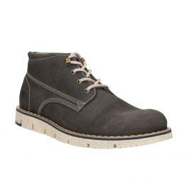 Členková pánska obuv s výraznou podrážkou